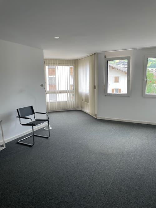 Schöne und helle Büro- oder Praxisräumlichkeiten
