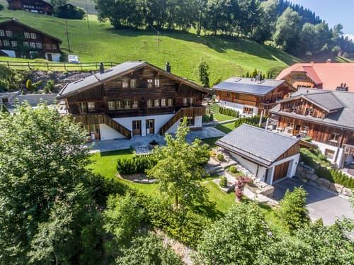 """Chalet """"Saanehus"""" in Gsteig bei Gstaad"""