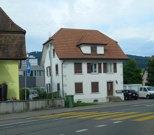 Generationenhaus oder Renditeobjekt 3- Familienhaus