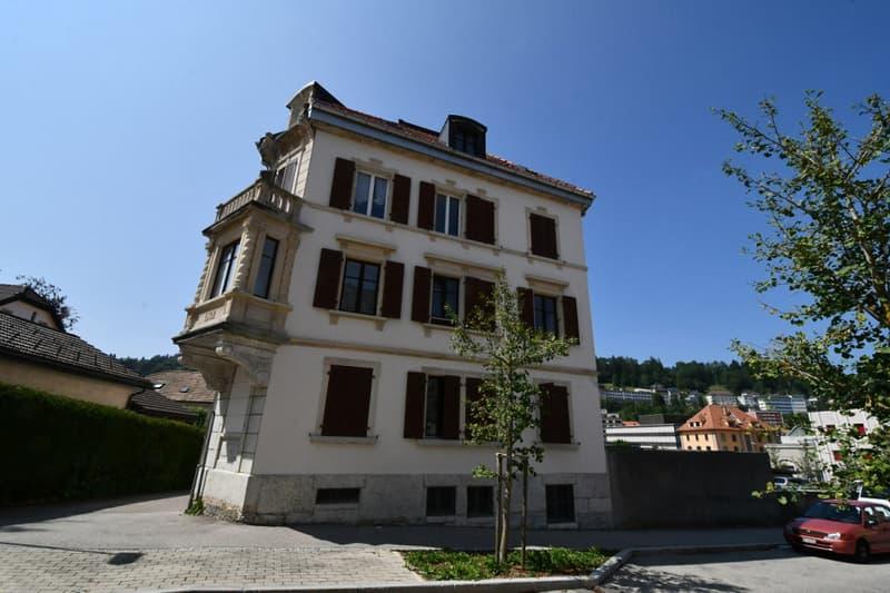 Immeuble locatif avec garages avec très bon potentiel (2)
