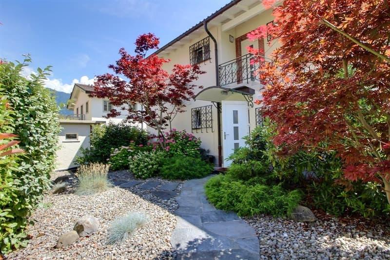 Propriété de deux logements rénovés sur les quais à Clarens (2)
