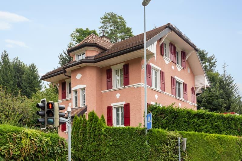 Grande maison individuelle avec vue sur le lac et les Alpes (1)