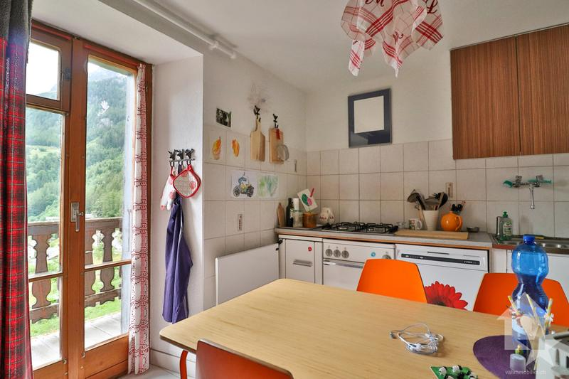 Maison de 3 appartements  avec  vue dégagée à Finhaut (13)