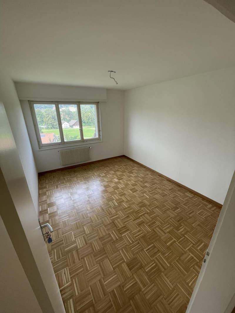 Bel appartement de 4 pièces au 2ème étage (2)