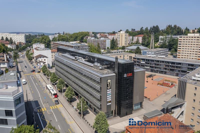 Bureaux et places de parcs au centre de Fribourg, CHF 199.-/m2/an (9)