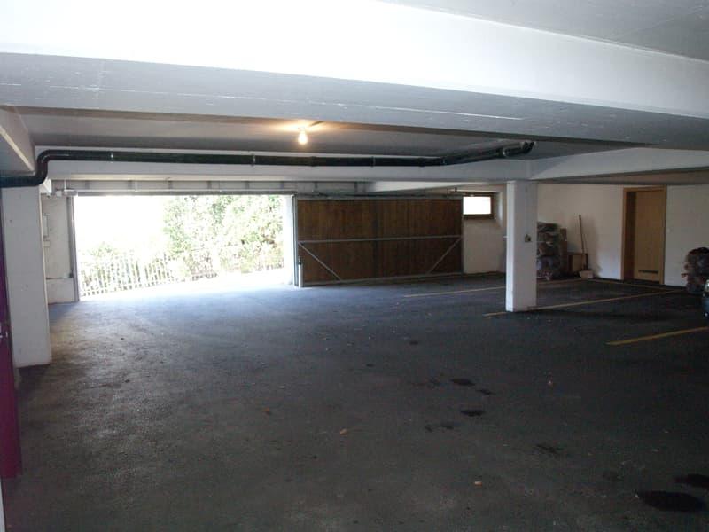Sierre, places parc dans un garage près du centre-ville (1)