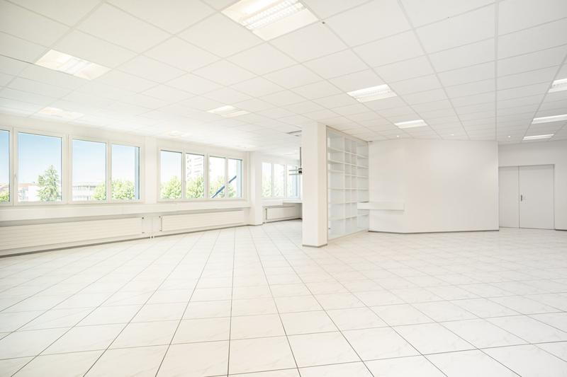 Ausgebaute Bürofläche, einstecken und loslegen! (1)