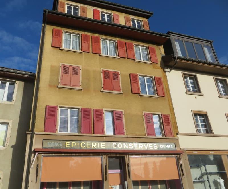 Joli immeuble de 4 appartements et 1 local commercial (1)