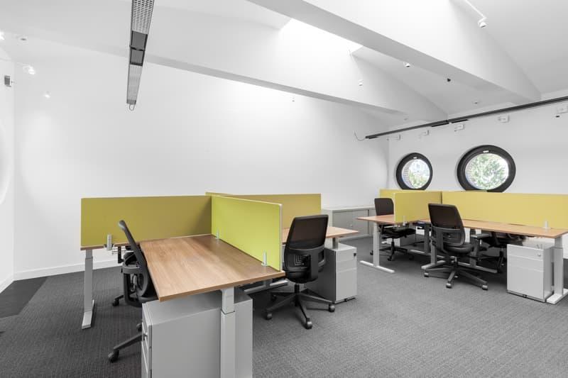 Accedi a uno spazio di coworking stimolante vicino a te Regus Cassarate (1)