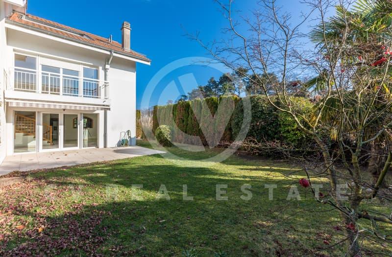 Superbe villa familiale à Mies, 7 pièces (1)