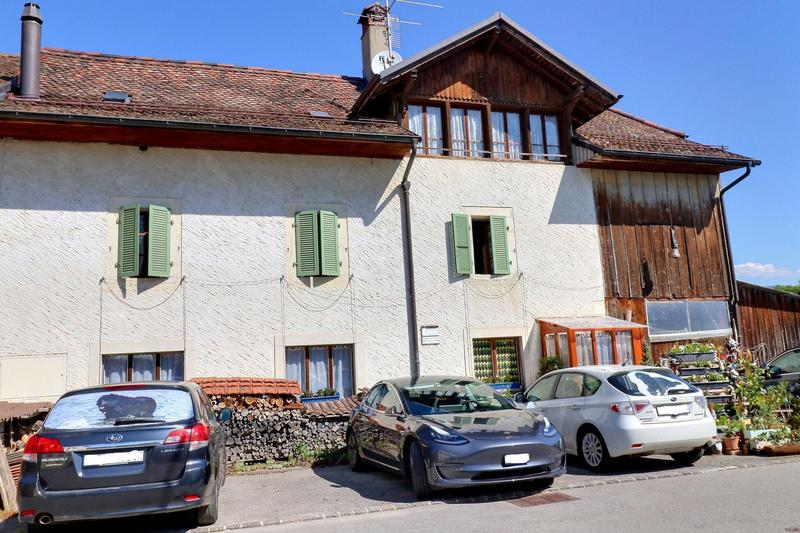 Magnifique maison de village avec grand terrain au calme (2)