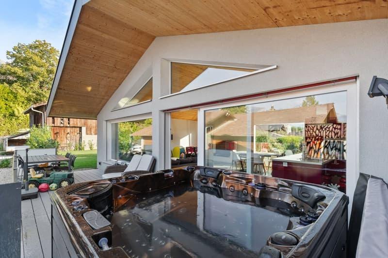 Lumineuse maison individuelle composée de deux appartements à Champlan (1)