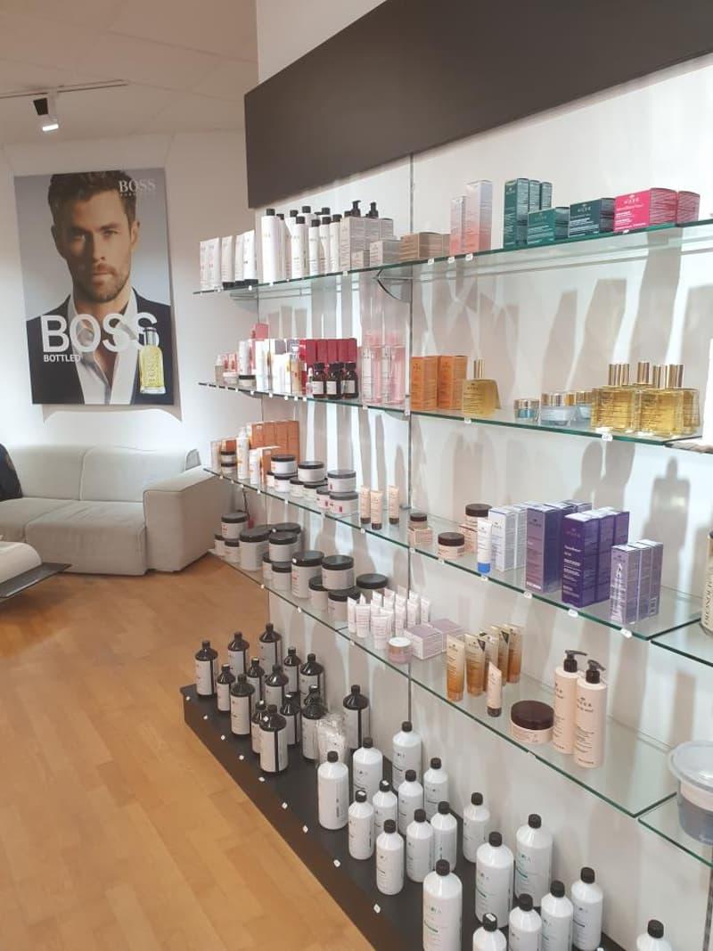 Fribourg : Boutique dans Centre commercial (2)