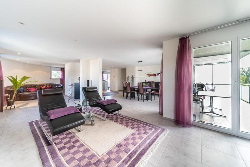 Moderne Maisonettewohnung an zentraler Lage in Frauenfeld (2)