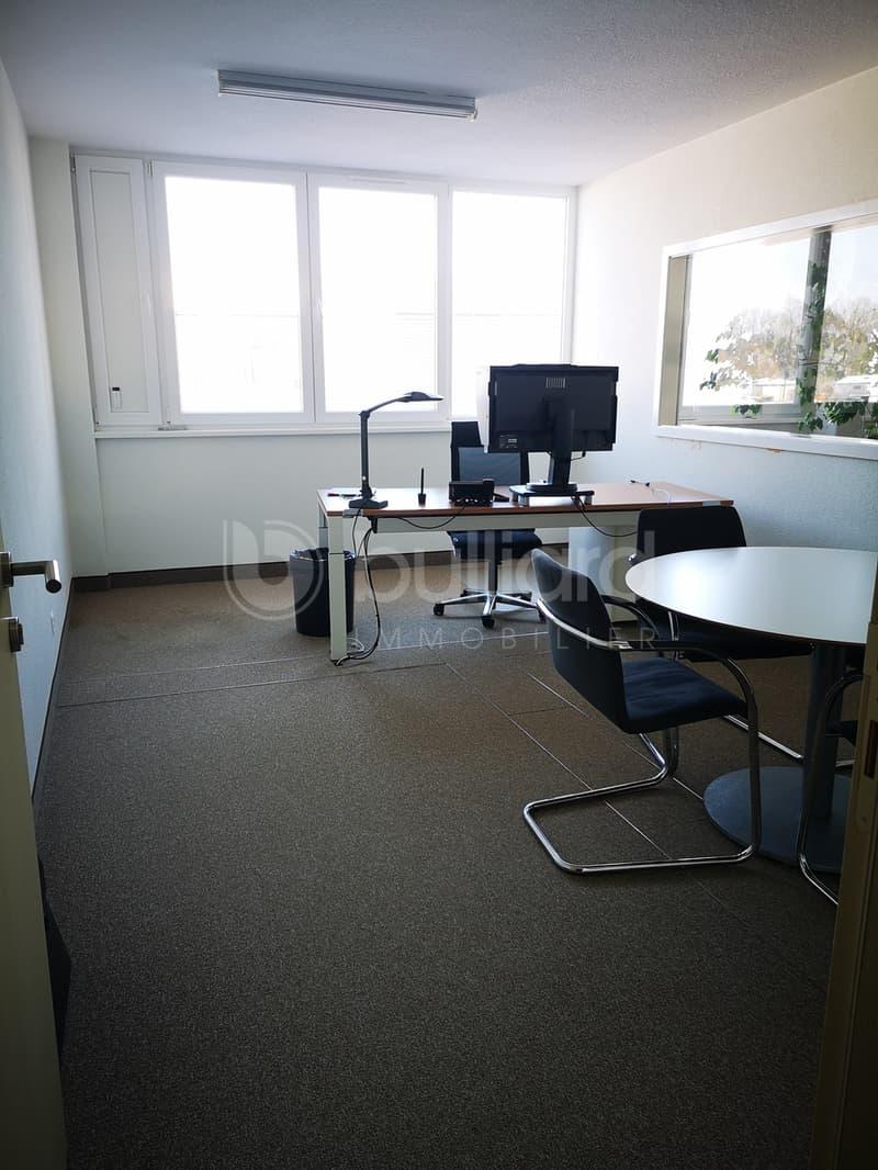 surface de bureau de 214 m2 au 1er étage - zone artisanale (1)