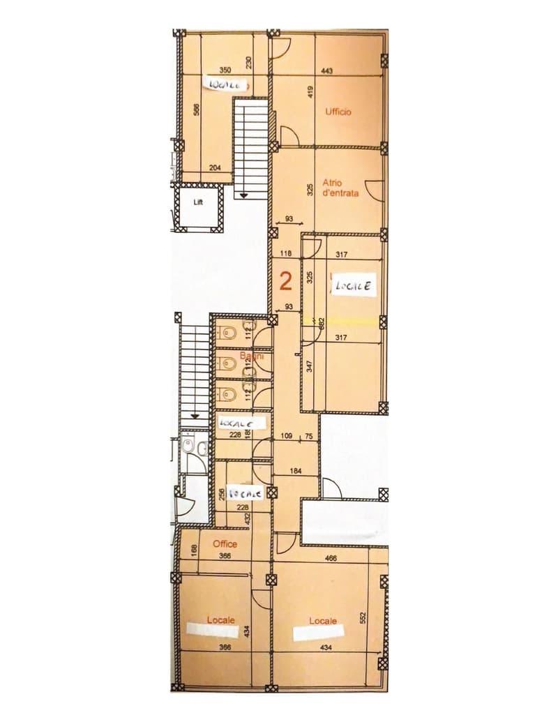 Affitasi ufficio al PT di 8.5 locali a Molino Nuovo (1)