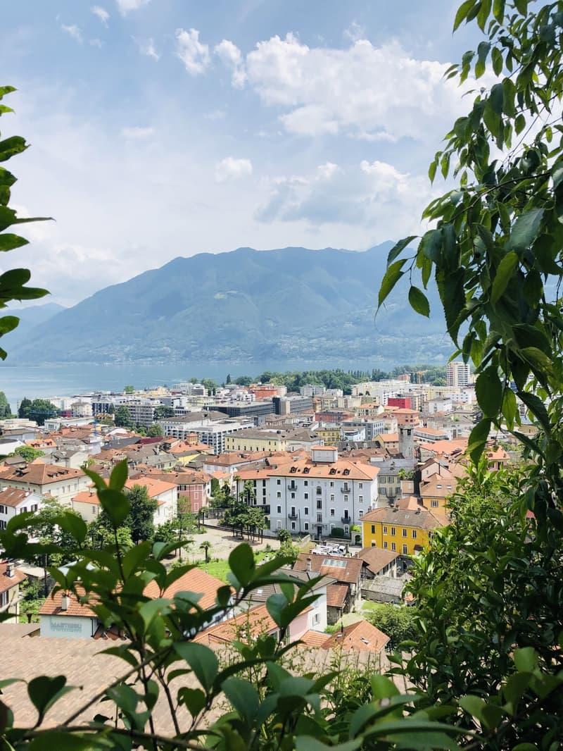 Terreno edificabile con vista lago e su Locarno (1)