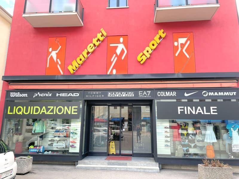 Spazio commerciale in Piazza Grande (2)