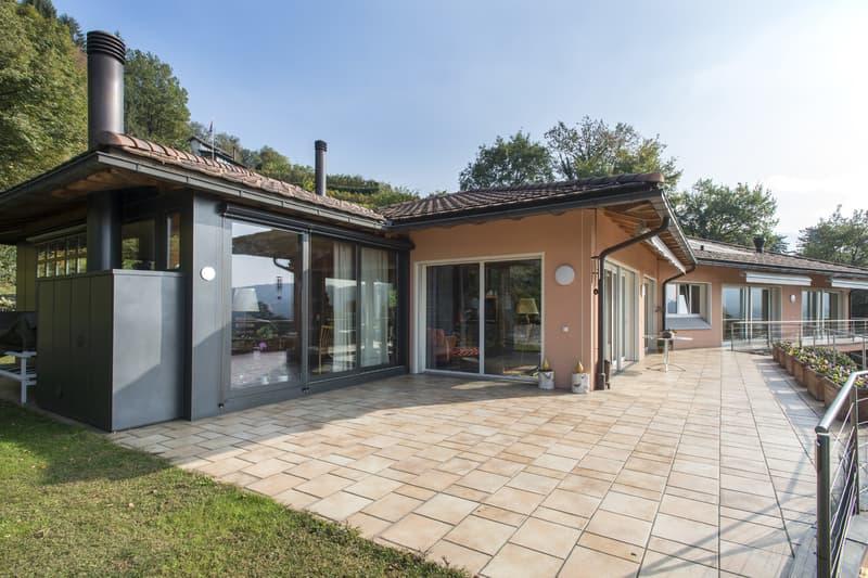 Grande proprietà con vista panoramica (2)