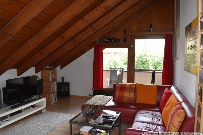 Zimmer 2 mit Balkon und Estrich