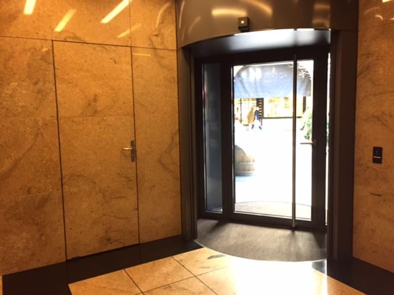 Uffici da 220 m² a 440 m² nel cuore di Lugano (2)