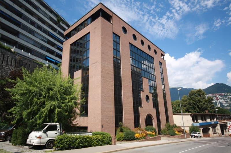 Uffici da ca. 230 m² a 460 m² in palazzina di standing superiore in posizione centrale (2)