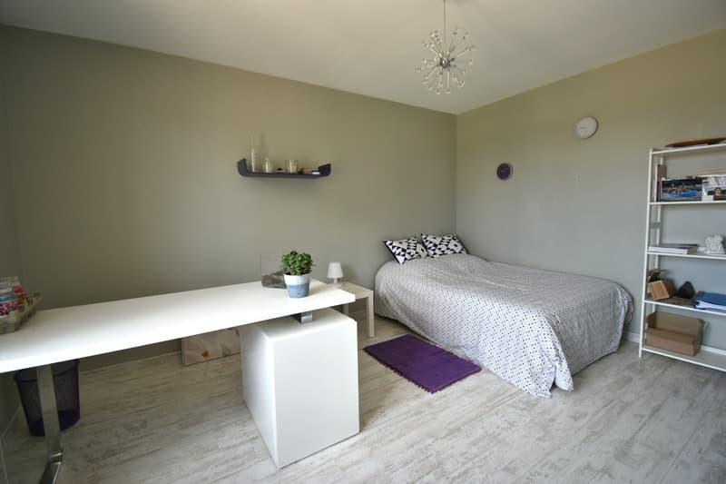 CHASSELAY (69) maison d'architecte récente de 214 m² avec piscine et (12)