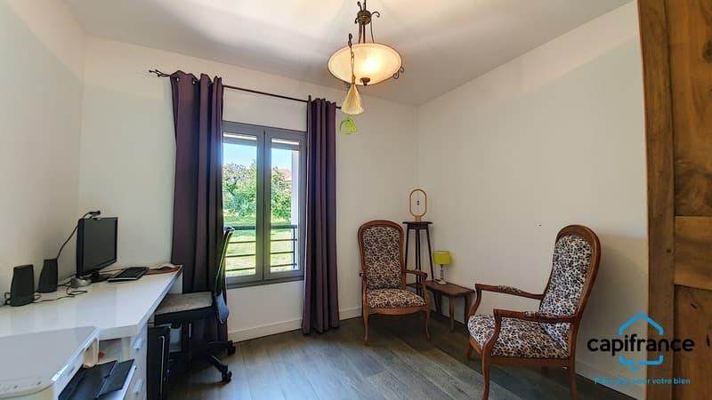 Dpt Isère (38), à vendre CHIMILIN maison P7 de 200 m² - Terrain de (10)