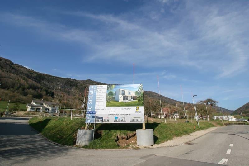 Vue du quartier et de la parcelle constructible