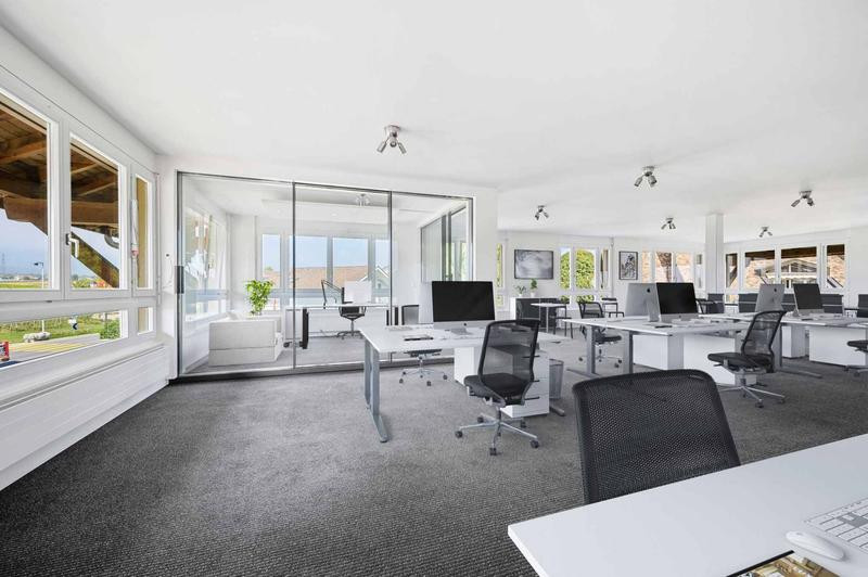 Lumineuse surface d'env. 113 m2 au 2ème étage + dépôt d'env. 12m2 dans les combles (2)