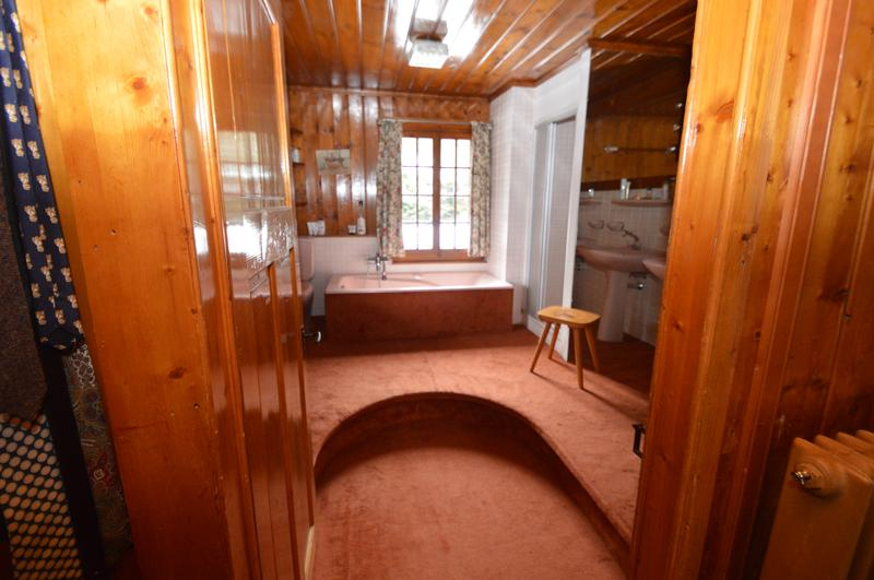 Stunning large Chalet in centre of Villars sur Ollon on a large parcelle of 3'334 m2 (12)