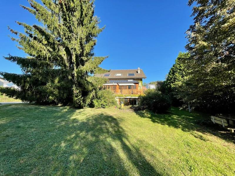 Maison individuelle avec grand terrain (1)