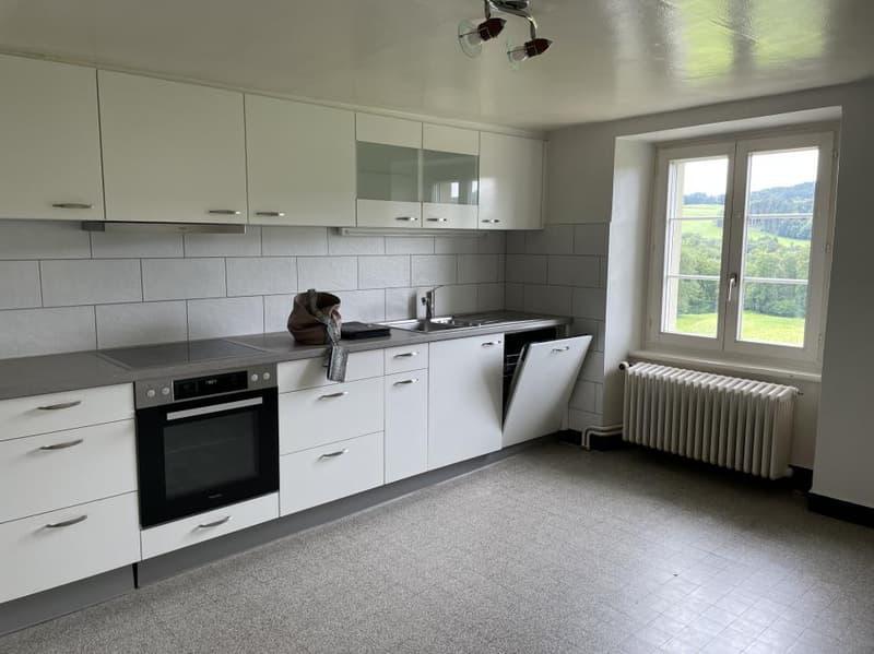 Appartement de 4,5 pièces au 2e étage (1)
