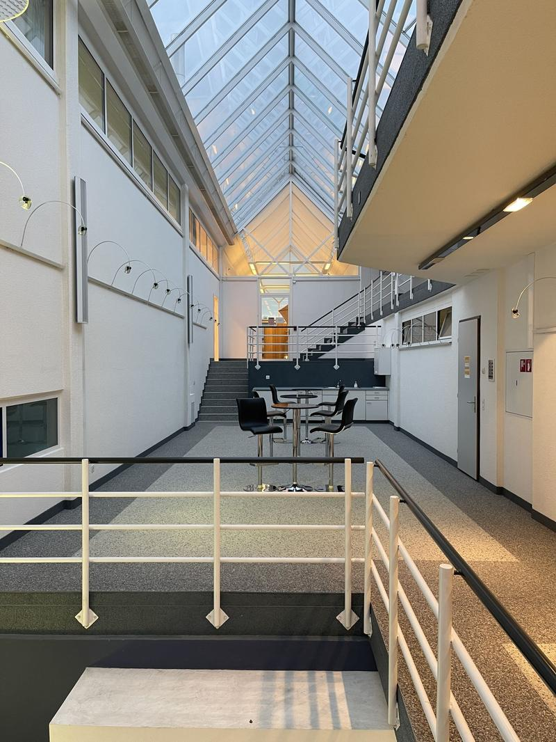 Surface d'activité dans un immeuble administratif et artisanal d'environ 135m2 à Romanel (3)