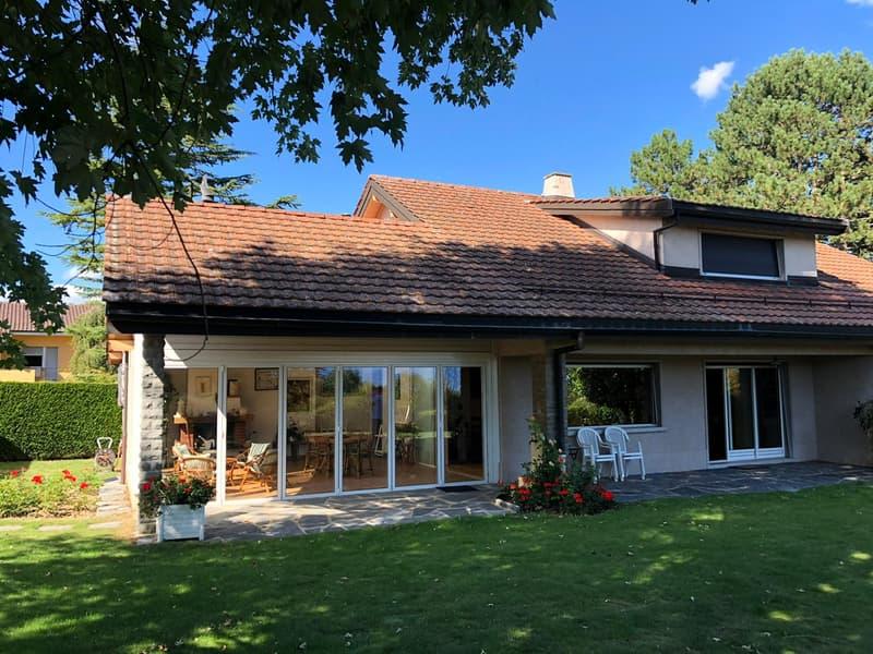 Superbe villa au cœur d'un petit quartier résidentiel (1)