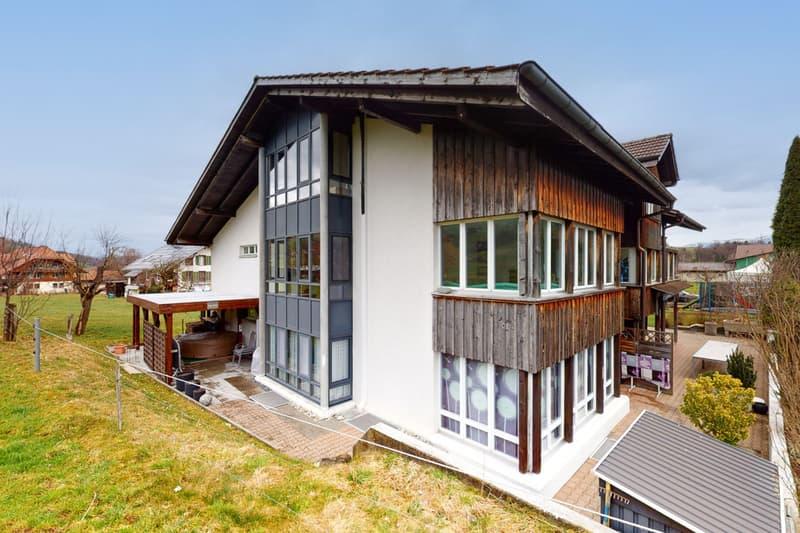 Gepflegtes Mehrfamilienhaus mit vier Wohneinheiten (2)