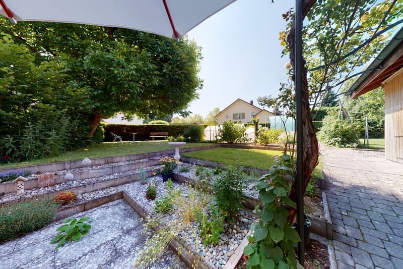 attraktives Wohn-und Geschäftshaus mit Werkstatt und Einlieger WHG (2)