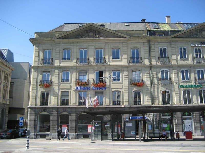 5330_Sq._des_Places_1_a_Fribourg_2.jpg
