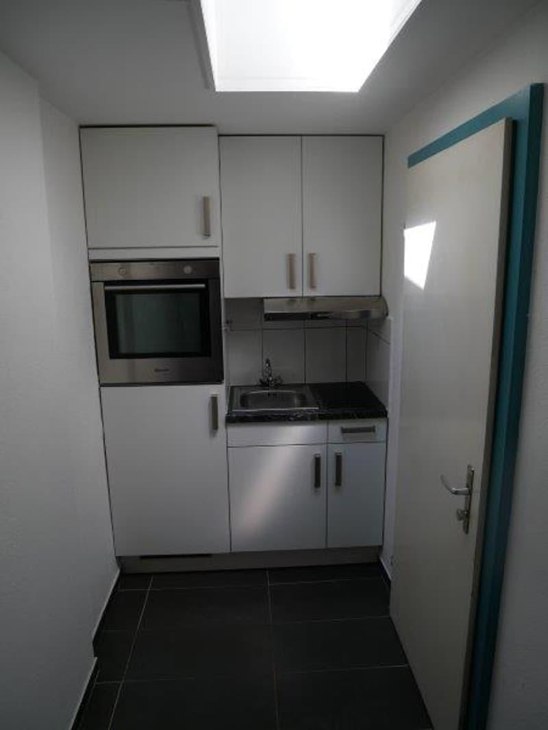 Gemütliche 1.5-Zimmer-Wohnung zu vermieten ! (2)