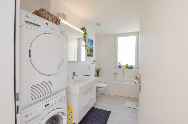 ...mit praktischem Waschturm