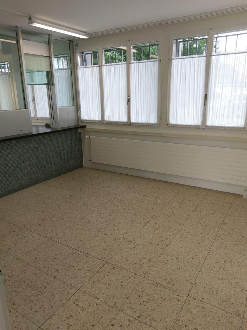 Ehemaliges freistehendes Postlokal (2)