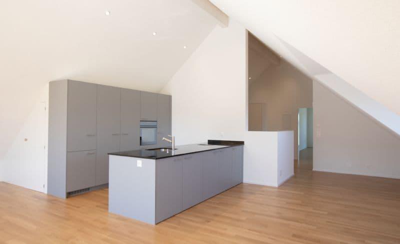 Wunderschöne Dachwohnung 140 m2 (1)