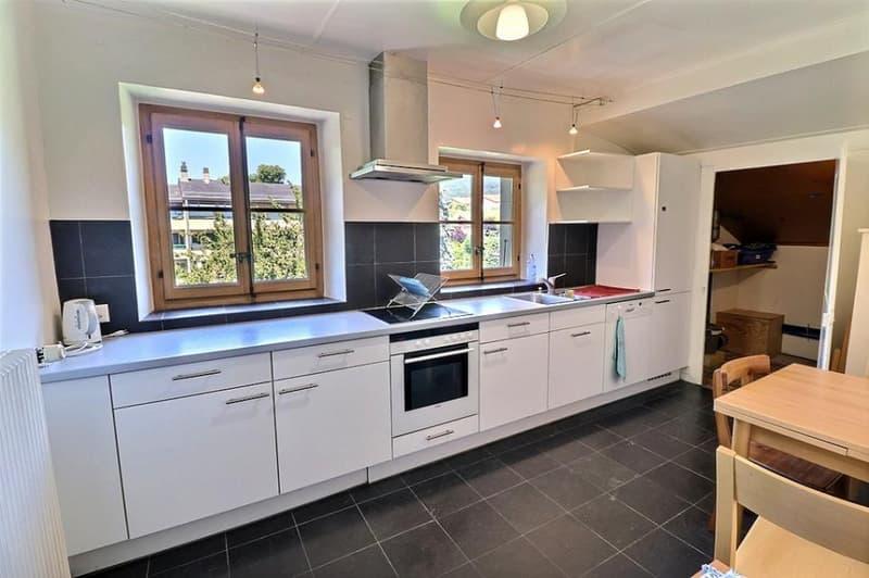 Magnifique maison locative à 5 minutes de Vevey, à Saint-Légier avec 5 appartements, idéale pour y habiter et louer des appartements ou comme bâtiment à rendement (13)