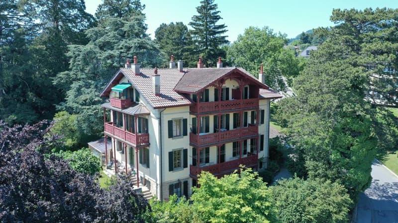 Magnifique maison locative à 5 minutes de Vevey, à Saint-Légier avec 5 appartements, idéale pour y habiter et louer des appartements ou comme bâtiment à rendement (1)