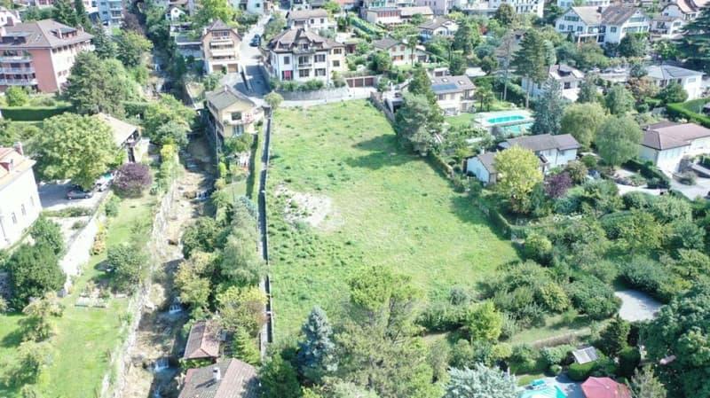 A 5 min. de Montreux. Magnifique vue sur le lac et les alpes pour cette parcelle avec permis de construire une villa de 370 m2 utile (2)