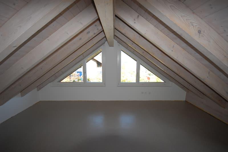 A vendre à Tüscherz-Alfermée appartement attique de 5.5 pièces avec vue sur le lac de Bienne (13)
