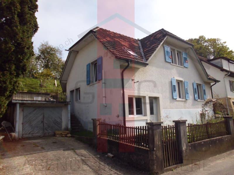 Jolie petite maison partiellement rénovée. (5)
