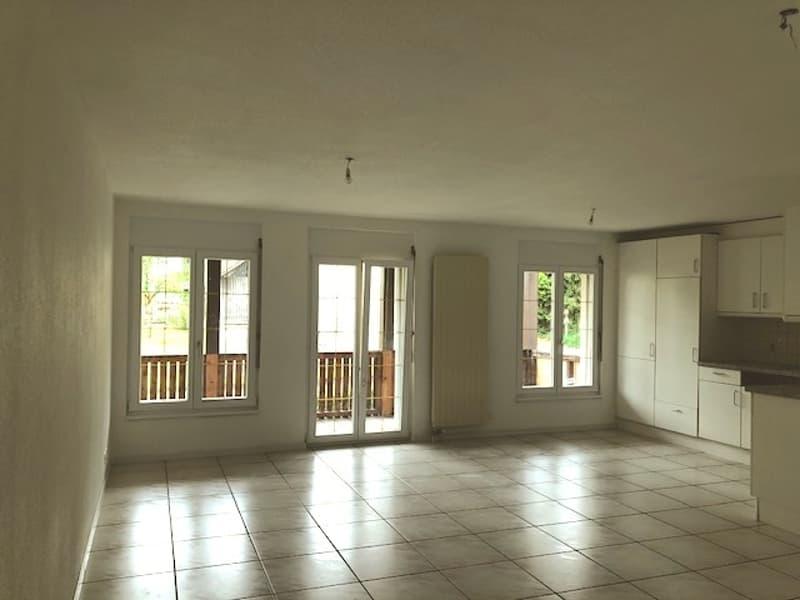 Premier mois gratuit - Appartement de 4.5 pièces avec grand balcon. (2)