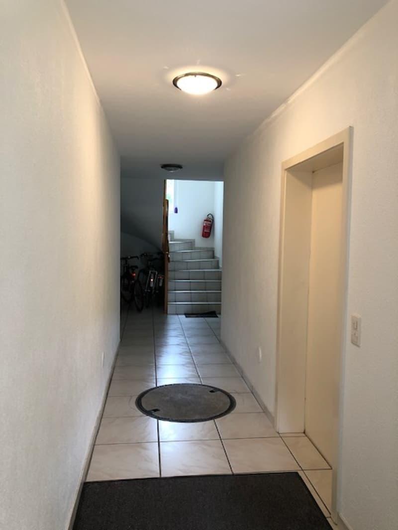 Premier mois gratuit - Appartement de 4.5 pièces avec grand balcon. (8)