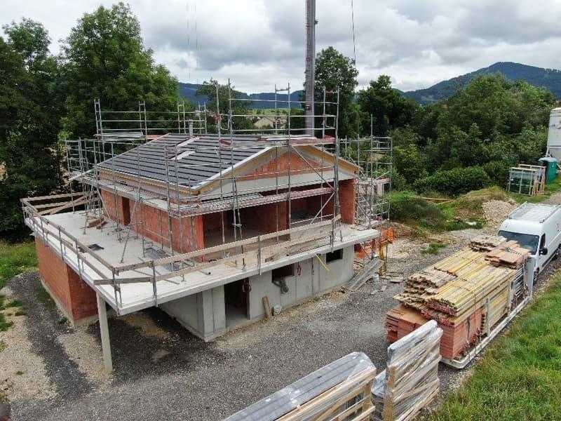 MAISON FAMILIALE DE CONSTRUCTION DE STANDING SUPÉRIEUR (1)